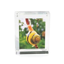 FRM-01, Marco de fotos 11${dec}4 x 9 cm, Con cierre magnético, de cristal acrílico (transparente), para formato horizontal y vertical
